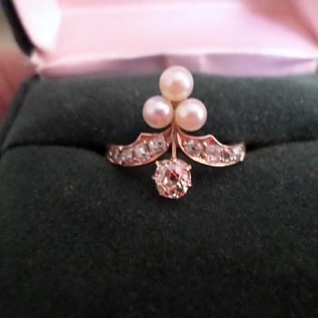 8K Gold, Belle Epoque Diamond Pearl Ring