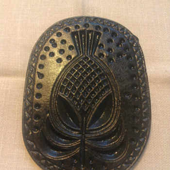 "American Cast Iron ""Pineapple"" Cookie Mold, c. 1820-1835 - Kitchen"