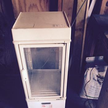 white coca cola electric cooler
