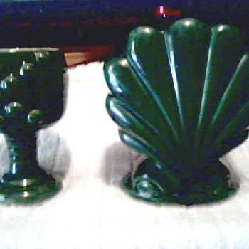 "Green ""Deco"" Scallop Shell and ""USA"" Goblet Planter / No Makers Marks or Labels - Art Pottery"