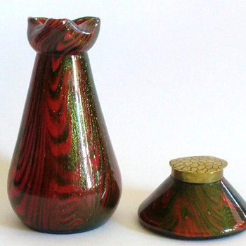 KRALIK INWELLS AND VASES I - Art Glass