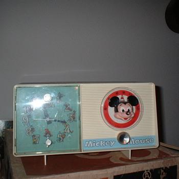 Mickey Mouse - Radios