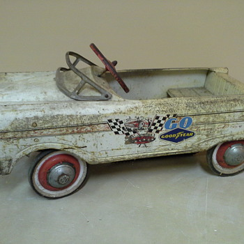 Mid to late 1950's Pedal Car - Toys