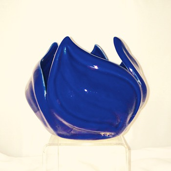 Van Briggle Cobalt Blue Lotus Petal Bowl finisher GAP - Art Pottery