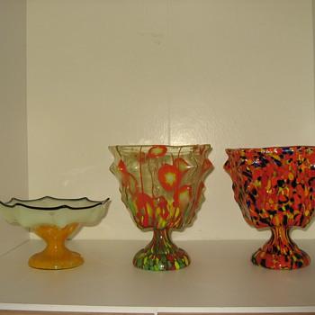 Kralik Knuckle vases