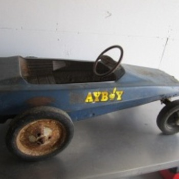 Metal Pedal Car - Model Cars