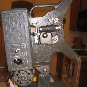 Keystone CC-8 8 mm projector