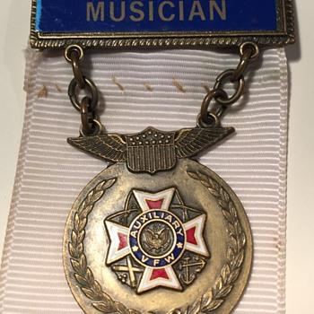 VFW Aux. Musician Pin