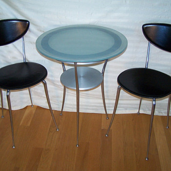 60&#039;s Cafe Table &amp; Chair set 
