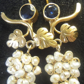 STUNNING Antique 22K gold sapphire and pearl grapes earrings  - Fine Jewelry