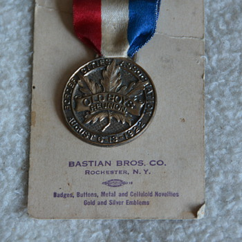 1922 Bastian Bros. 'OLD BOY'S REUNION' Medal - Medals Pins and Badges