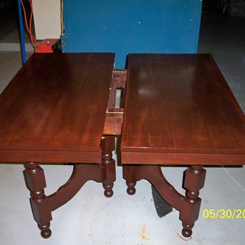 THIS TABLE IS 100 PLUS YEARS. - Furniture
