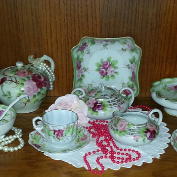 I'm so excited about this tea set... - China and Dinnerware