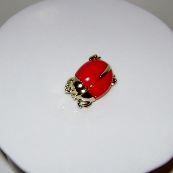 Sarah Coventry Pins - Costume Jewelry