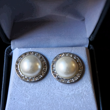Feaux Pearl Earrings - Costume Jewelry