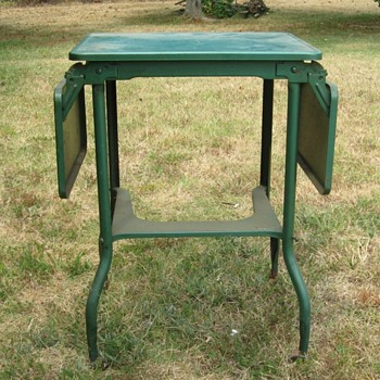 Typewriter Table - Metal with wood casters