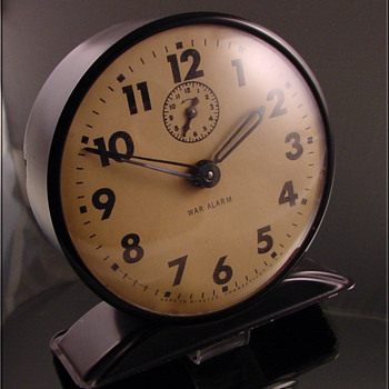 War Alarm Clock Unusual c.1940&#039;s - Clocks