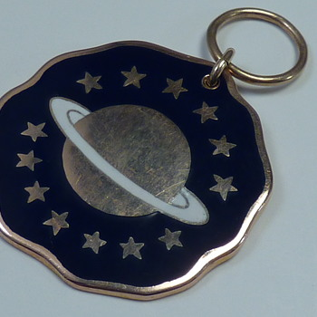 Gold Medal/Pendant with Saturn, Military ? - Military and Wartime
