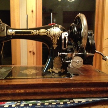 Sewing Machine - Sewing