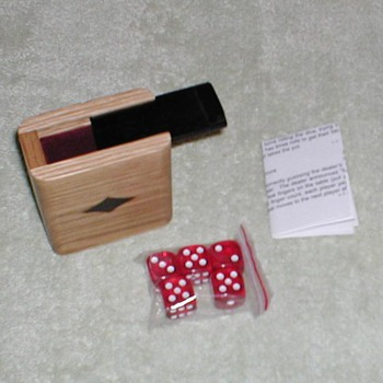 2004 Marlboro Dice Game Set - Games
