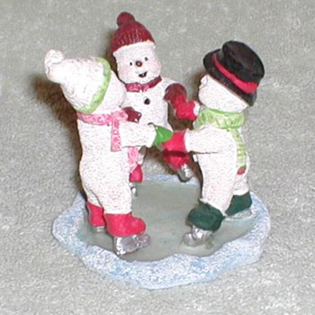 Christmas Figurine 2 - Christmas