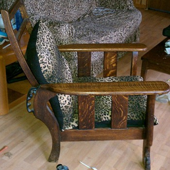 Morris recliner - Furniture