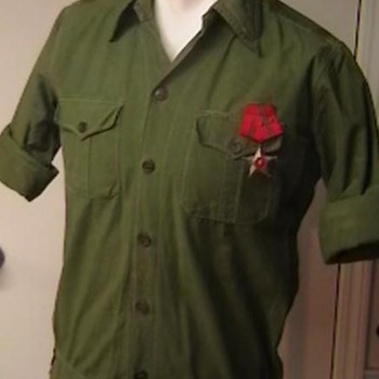 NVA Regular Army Shirt - Military and Wartime