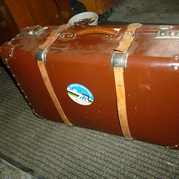 suitcase found at garage sale - Bags