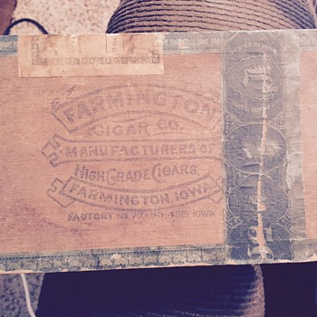 Farmington Co Cigar Box - Tobacciana