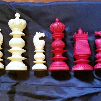1790 Ivory chess burmese Made in France