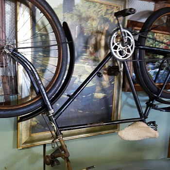 Lloyd Antique German bicycle help