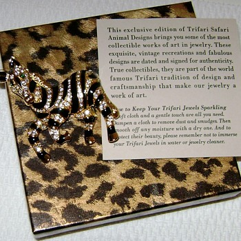 Trifari Safari TM Brooch