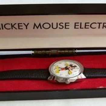 1970-71 Electric Timex Mickey - Wristwatches