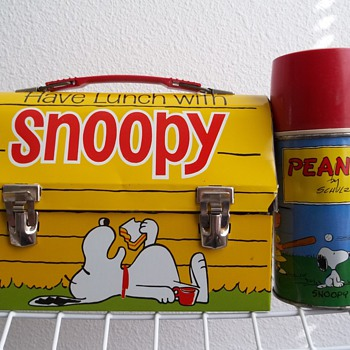 1968 Snoopy, Peanuts lunch box with bottle. 