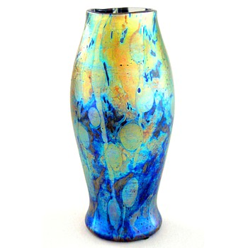 A Tiffany Cypriot vase