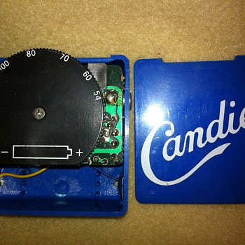 Candies am radio vintage from 19?? . I've had this for a while it's just so basic I thought somebody else might remember these.