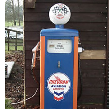 Wayne 114 vintage petrol pump