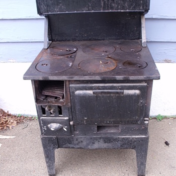 Old Sears Roebuck & Co. wood burning cook stove