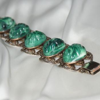 Vintage Plastic Metal Bracelet