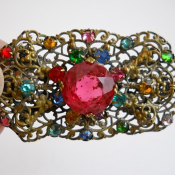 Vintage Brooch #251 - Costume Jewelry