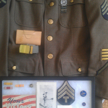 WWII Pacific forces uniform - Military and Wartime