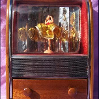 Ballerina music box 1940- 50's TV/ Juke Box style  - Music