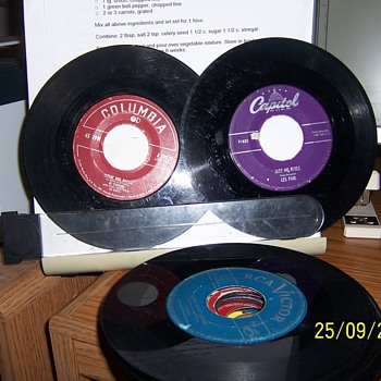 OLD 45 RECORDS, NO COVERS - Records