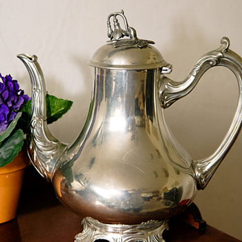 Heirloom Tea Pot - Art Nouveau