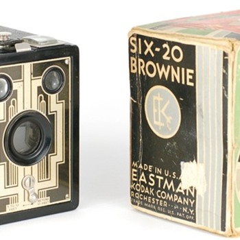 Six-20 Brownie USA model Christmas Package