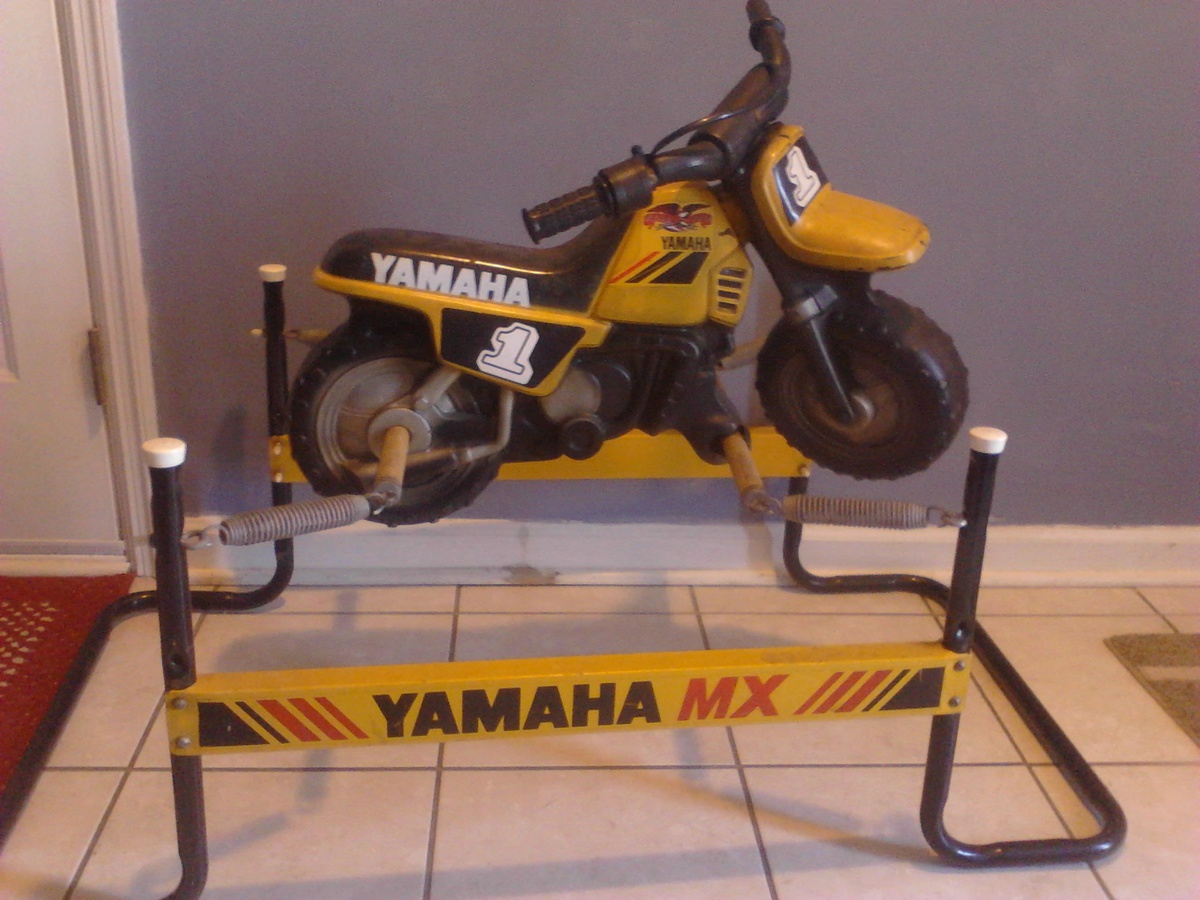 1980 39 s yamaha flexible flyer mx kids spring ride on for Scooter rocking horse