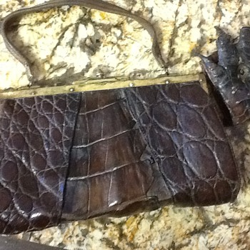 1920s alligator purse