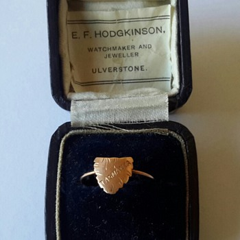 Australian 9ct gold map of Tasmania expanding ring - Fine Jewelry