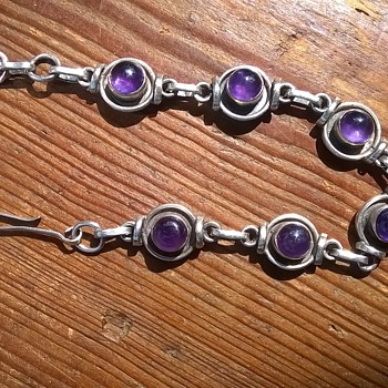 Sterling Silver/Amethyst Cabochon Bracelet Flea Market Find $2