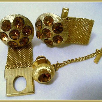 1970's CELEBRITY( Corp.) CUFFLINKS & TIE CLIP - Topaz - Accessories